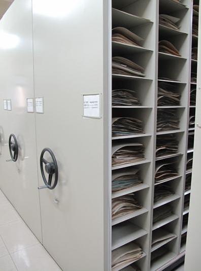 密集移动植物标本柜
